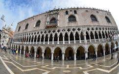 Olaszország, Velence, Dózsa palota