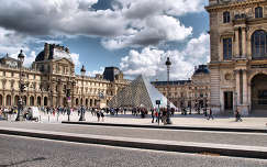 Párizs,Louvre,Franciaország