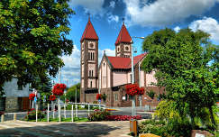 Vörös templom Balatonfüreden-Fotó:Szolnoki Tibor