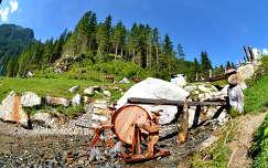 Ausztria, Krimml vízesésnél a parkban