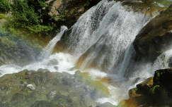Szivárványos vízesés Tirol-Ö–tztal