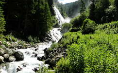 Vízesés Tirolban Ö–tztal környékén