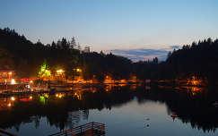 Medve-tó, sötétben