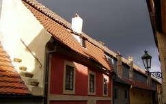 Prága - Zlata ulicka, vihar előtt