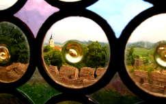Siklós a várból ólomüvegen keresztül