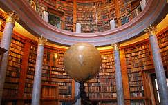 Könyvtár, Pannonhalmi apátság, Magyarország