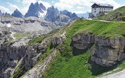Auronzo menedékház a Dolomitokban, Olaszország