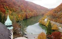 Miskolc-Lillafüred, a Hámori-tó a Palotaszálló tornyából ősszel. Fotó: Kupcsik Sarolta