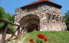 Fellegvár egyik kapuja, Visegrád, Magyarország