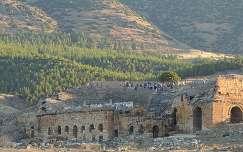 Antiguo anfiteatro en Pamukkale, Turquía.