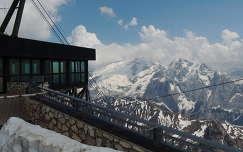 Dolomitok,Pordói hágón,Olaszország