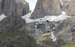 Dolomitok,Pordói hágó felvonója,Olaszország