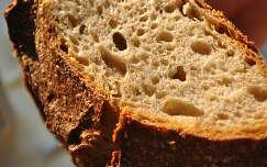 Házi kenyér, kovásszal készült