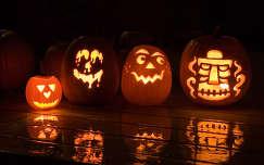 halloween tükröződés