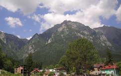 Erdély Busteni hegycsúcs