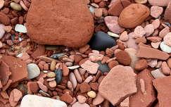 kövek és sziklák kavics