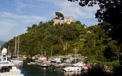 Portofino, kikötő és a vár