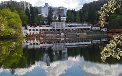 Medve-tó,  Szováta,  Erdély,  Románia.  fényképezte: Toth Attila Marosvásárhelyről küldve.