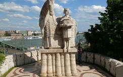 Szent István szobor a Gellért hegyen