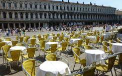 Vendégre várva a Szent Márk téren, San Marco negyed, Velence