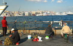 Horgászok a Boszporusznál, Isztambul, Törökország