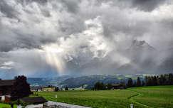 felszakadozó felhőzet Tirolban,Ausztria
