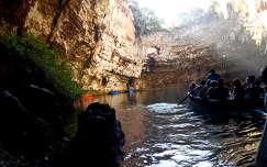 Kefalonia Melissani barlang
