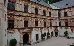 Tratzbergi kastély,Ausztria
