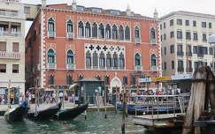a több száz éves Danieli hotel, Velence, Olaszország