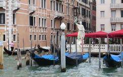 szabadságszobor Velencében