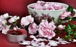 szirom csendélet rózsa gyertya