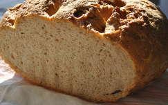 Októberi kovászos kenyér