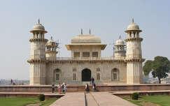 Agra - Itmad Ud Daulah (