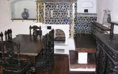 Törcsvár várának egyik szobája, Erdély egyik legépebben megmaradt vára