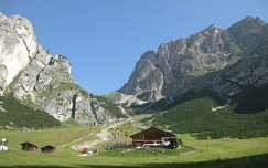 alpok kövek és sziklák hegy olaszország faház
