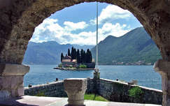 Montenegró.Kotori öböl.