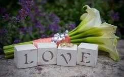 Esküvői LOVE fakocka dekoráció