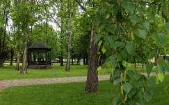 Zenepavilon, park, Balatonalmádi