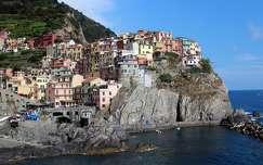 ház világörökség tengerpart kövek és sziklák manarola olaszország nyár