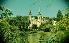 magyarország feneketlen-tó tó templom budapest