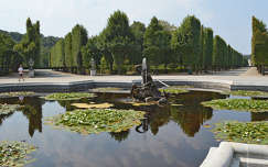 kertek és parkok tükröződés szökőkút út tó fasor szobor