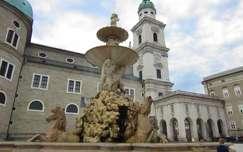 Ausztria, Salzburg - Residenzbrunnen