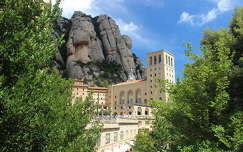 spanyolország barcelona montserrat kövek és sziklák montserrati apátság