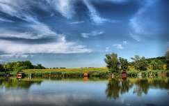magyarország ház tó tükröződés faház