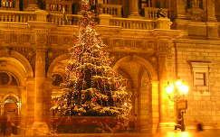 Budapest Operaház karácsonyfája