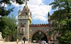 magyarország budapest vajdahunyad vára várak és kastélyok