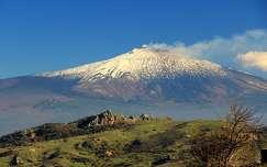 a füstölgő Etna