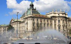 Németország, München - Bajor Igazságügyi Palota