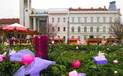 Miskolc, Adventi vásár a Városháza előtt