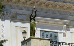 Korfu, Achilleon kastély